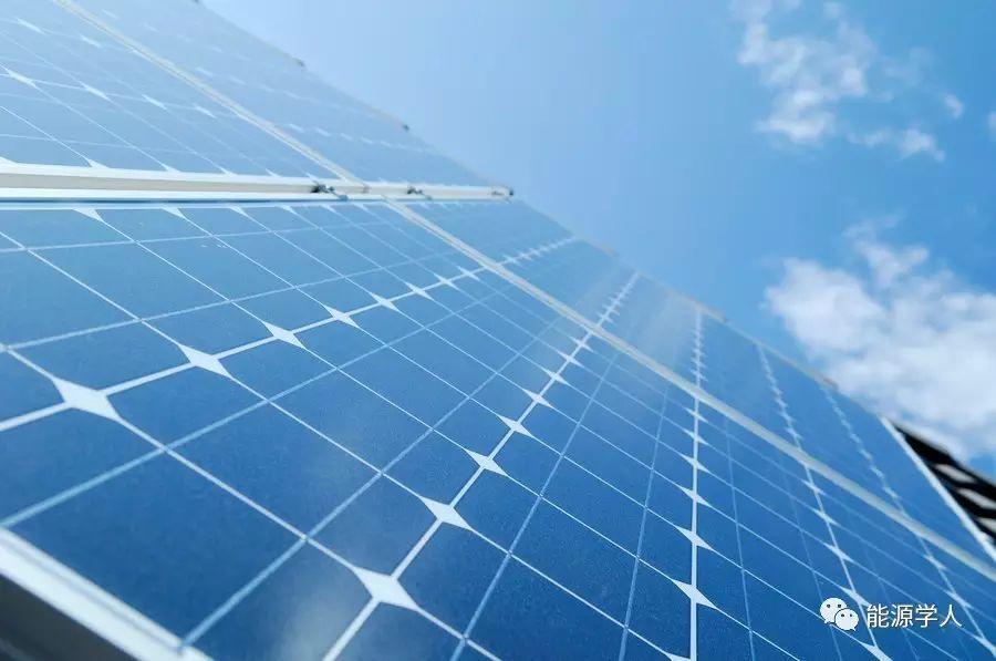 Science|钙钛矿/硅复合太阳能电池时代即将到来!可否掀起第二次太阳能狂潮?